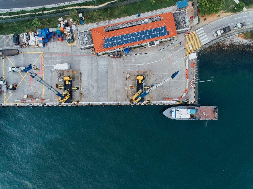 Demurrage and detention are costs that because of poor planning, unforeseen circumstances or bad communication, often can cost your company thousands of dollars.