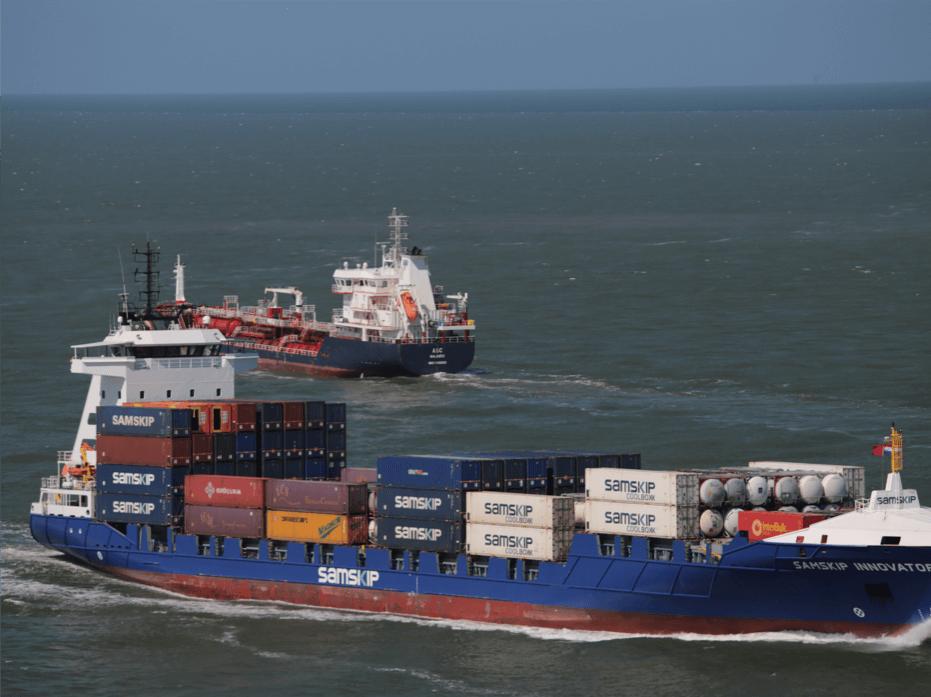 cargo ships pollution