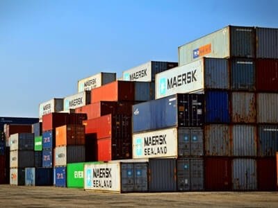 shipping edi stacked containers