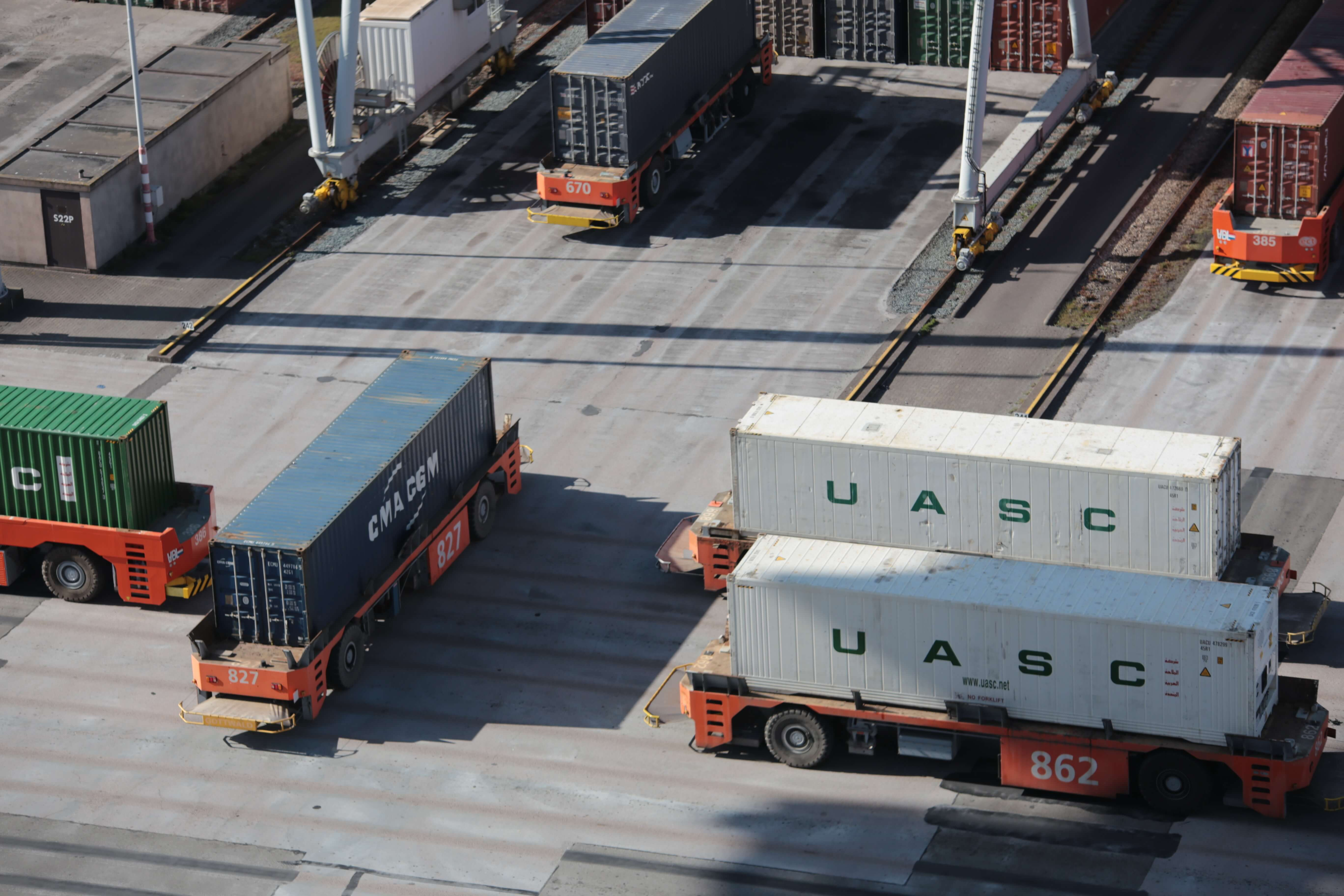 containers moved in container depot